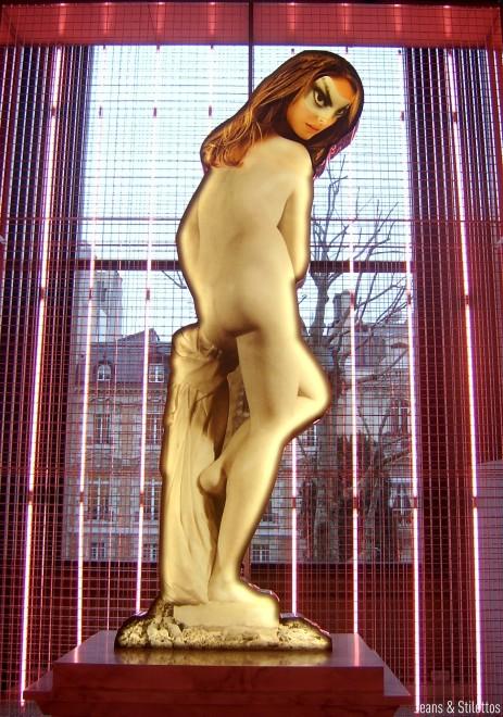 24Hours Museum par Prada & Francesco Vezzoli - Paris - Jeans & Stilettos