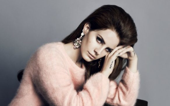 On set with Lana Del Rey pour H&M + la collection