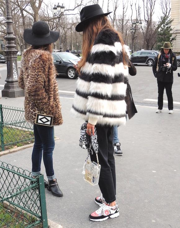 StreetStyle - Paris Fashion Week - Jeans & Stilettos